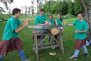 boomstam_zagen_verhuur_Rhenen_Highland_games